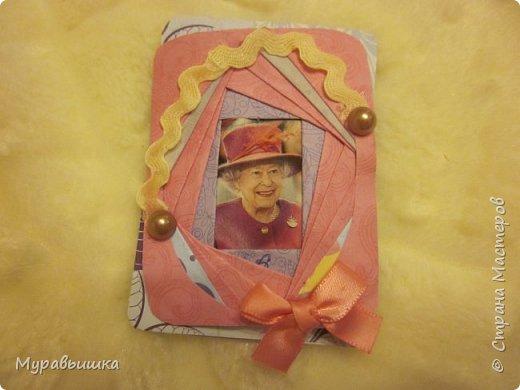 Дорогие друзья! Разрешите представить вашему вниманию самую главную семью Великобритании - венценосную семью королевы Елизаветы. Давайте познакомимся с ними чуть ближе. фото 2