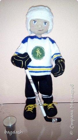 Вязаный Хоккеист. фото 3