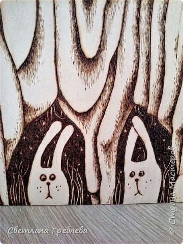 """Сын подарил табурет для дачи, сделал сам - из дерева может любой предмет мебели сотворить!!! Подарил со словами: """"Оформишь сама, ну как ты умеешь, что - нибудь эдакое"""" фото 2"""