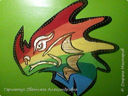 Дракон из соломки и бархатной бумаги фото 9