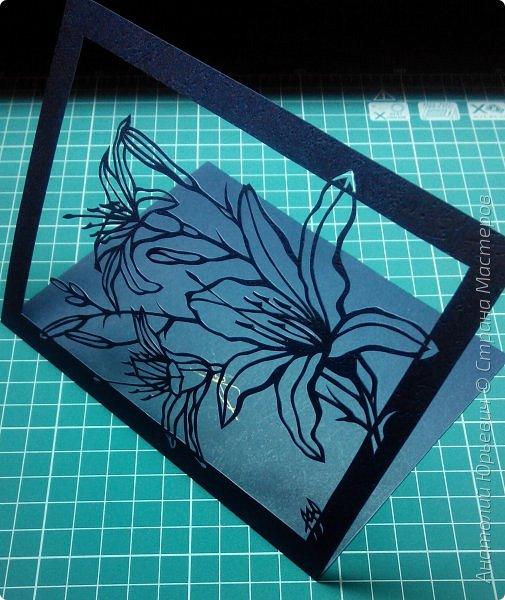 """Всем добрый день! Новая открытка с лилиями. Рисунок для эскиза взят из интернета, изменён и доработан под """"вырезалку"""". Размер 12х16см. фото 7"""
