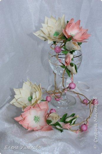 Веночки для племяшек-двойняшек с цветами из фоамирана фото 1