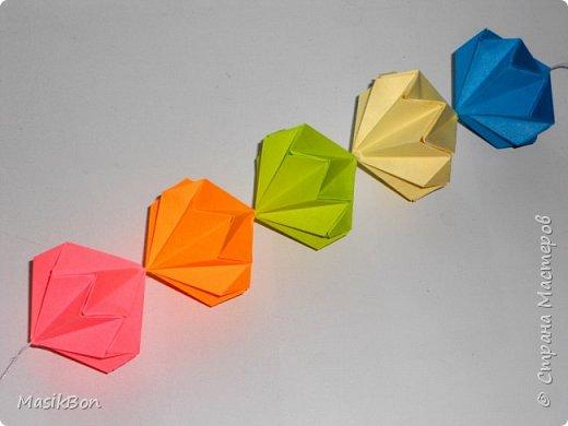Гирлянда из бумаги. Поделки оригами к празднику
