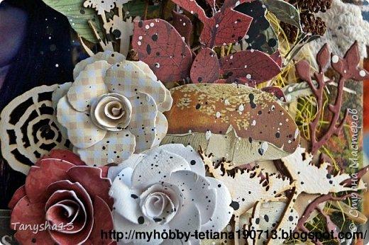 """Всем привет!!! Сегодня еще хочу показать Вам небольшой МК как я делала свое тканевое панно по Доске вдохновения июня  """"Я Женщина!"""" для блога Скрап Релакс.Панно я сделала  в моем любимом ЭКО стиле,и с одной из любимых фотографий,вернее о памятных моментах того прекрасного октябрьского дня.Погода стояла волшебная,желтые листья лежали ковром,и мы с семьей решили выйти на маленькую фотосессию.На этой фотографии глядя в даль,я задумалась о прекрасном,о новых начинаниях и приключениях которые ждут меня впереди )))).      Размер панно 18 см * 21 см,в работе использовала переплетный картон,синтепон,ткань,вырубку,высечки,шишки,стеклянный камушек,чипборд,сизаль,кружево,цветочки,акриловая краска. Вот такое панно у меня получилось: фото 35"""