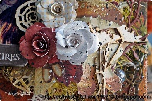 """Всем привет!!! Сегодня еще хочу показать Вам небольшой МК как я делала свое тканевое панно по Доске вдохновения июня  """"Я Женщина!"""" для блога Скрап Релакс.Панно я сделала  в моем любимом ЭКО стиле,и с одной из любимых фотографий,вернее о памятных моментах того прекрасного октябрьского дня.Погода стояла волшебная,желтые листья лежали ковром,и мы с семьей решили выйти на маленькую фотосессию.На этой фотографии глядя в даль,я задумалась о прекрасном,о новых начинаниях и приключениях которые ждут меня впереди )))).      Размер панно 18 см * 21 см,в работе использовала переплетный картон,синтепон,ткань,вырубку,высечки,шишки,стеклянный камушек,чипборд,сизаль,кружево,цветочки,акриловая краска. Вот такое панно у меня получилось: фото 36"""