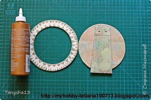 """Привет - привет!!! Еще хочу показать Вам небольшой МК по круглой фоторамке """"Зайке"""".Кто меня уже знает,наверное заметили как я люблю фоторамки,а особенно рамочки разных нестандартных форм (да и стандартные я также обожаю))) ).А еще я обожаю круглую форму )))).И вот сегодня я решила показать как я их делаю.Давайте посмотрим что мы будем делать,а делать мы будем вот такого зайку: фото 19"""