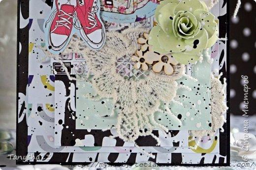 """Привет ))).А сегодня я еще  хочу показать Вам миник """"Черный бриллиант"""",который я сделала для своей племянницы.Размер альбома 19 см * 22 см.В работе использовала переплетный картон,синтепон,ткань,кружево,чипборд,вырубку,вырезанные элементы,резиночку,люверсы,брадс,акриловая краска.  Давайте смотреть:   фото 11"""