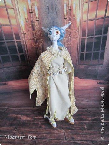 ангел Александр. У него 3 полноценный костюма. поэтому буду показывать по одному. Аутфит №1 фото 2