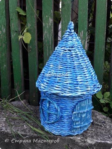 Всем привет!  Задумывался прекрасный домик- а получилось хижина! Задумывался летним, но скорее всего он зимний. Так как он первый- имеет право на жизнь!  :) фото 1