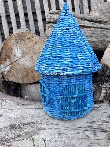 Всем привет!  Задумывался прекрасный домик- а получилось хижина! Задумывался летним, но скорее всего он зимний. Так как он первый- имеет право на жизнь!  :) фото 2
