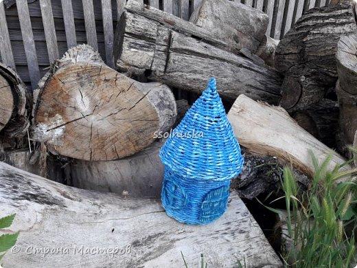 Всем привет!  Задумывался прекрасный домик- а получилось хижина! Задумывался летним, но скорее всего он зимний. Так как он первый- имеет право на жизнь!  :) фото 3