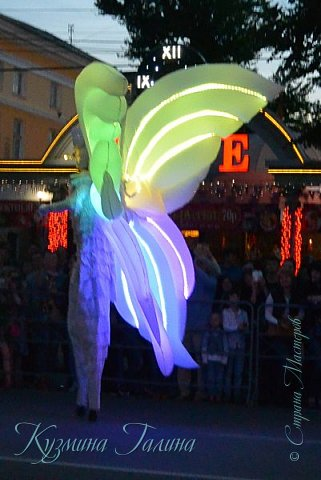 Я уже рассказывала( http://stranamasterov.ru/node/1002476 ),что в начале июня в Воронеже состоялся Платоновский фестиваль,и в рамках фестиваля по главной улице города прошёл парад уличных театров. В этом году впервые парад был после заката. фото 6