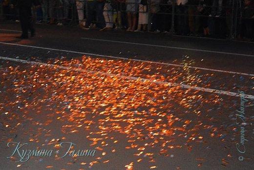Я уже рассказывала( http://stranamasterov.ru/node/1002476 ),что в начале июня в Воронеже состоялся Платоновский фестиваль,и в рамках фестиваля по главной улице города прошёл парад уличных театров. В этом году впервые парад был после заката. фото 29