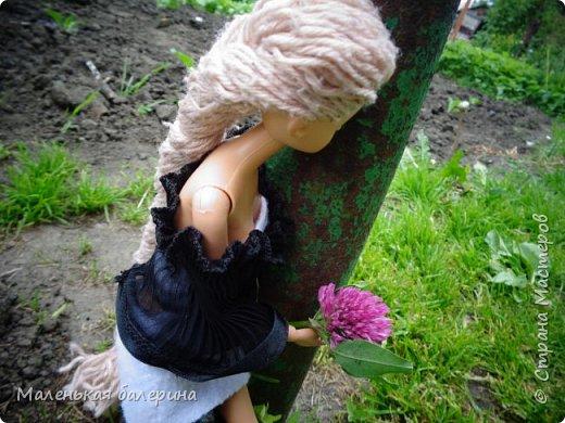 """И всем привет,сегодня я выставляю работу на конкурс """"Мисс Июнь"""" Биография куклы:Меня зовут Настя , мне 17 лет ,занимаюсь я рисованием , учусь в институте,люблю гулять по парку.                           А сейчас фотосессия   фото 3"""