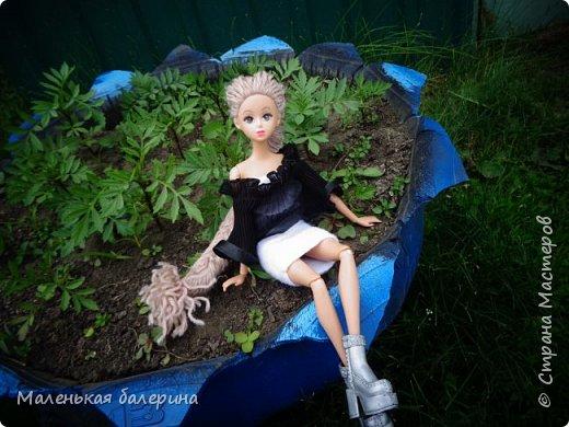 """И всем привет,сегодня я выставляю работу на конкурс """"Мисс Июнь"""" Биография куклы:Меня зовут Настя , мне 17 лет ,занимаюсь я рисованием , учусь в институте,люблю гулять по парку.                           А сейчас фотосессия   фото 5"""