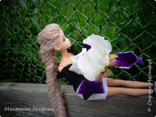 """И всем привет,сегодня я выставляю работу на конкурс """"Мисс Июнь"""" Биография куклы:Меня зовут Настя , мне 17 лет ,занимаюсь я рисованием , учусь в институте,люблю гулять по парку.                           А сейчас фотосессия   фото 8"""
