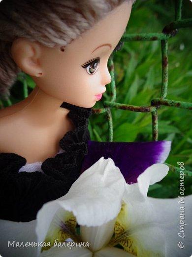 """И всем привет,сегодня я выставляю работу на конкурс """"Мисс Июнь"""" Биография куклы:Меня зовут Настя , мне 17 лет ,занимаюсь я рисованием , учусь в институте,люблю гулять по парку.                           А сейчас фотосессия   фото 9"""