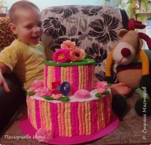 Такой тортик мы делали на юбилей сада,идея из страны. фото 1