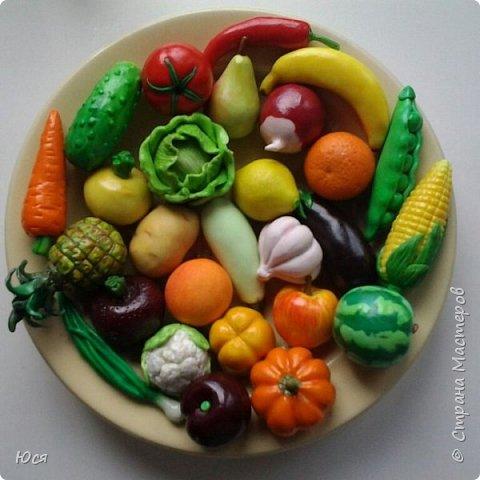 """Такие """"вкусные""""овощи и фрукты слепились у меня для маленького Демида.Всего 40 штук. фото 1"""