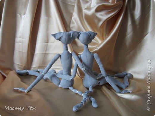 Я часто делаю просто заготовки для кукол, т.к. не всегда их образ подходит для моей работы. К примеру этих парней я сделал аж 4х, один остался у меня и стал Грином, прочие нашли приют у других. фото 10