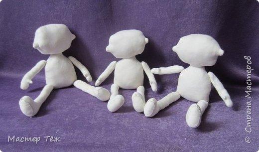 Я часто делаю просто заготовки для кукол, т.к. не всегда их образ подходит для моей работы. К примеру этих парней я сделал аж 4х, один остался у меня и стал Грином, прочие нашли приют у других. фото 5
