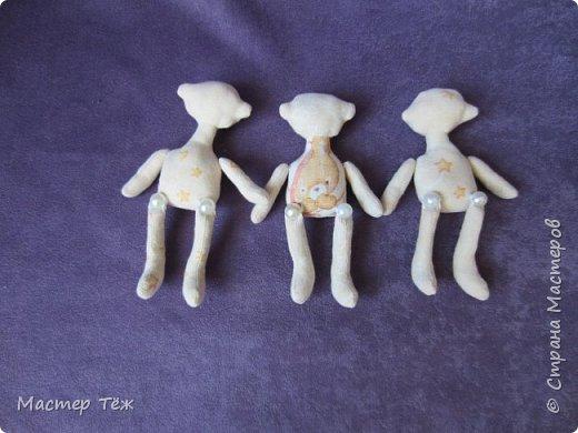 Я часто делаю просто заготовки для кукол, т.к. не всегда их образ подходит для моей работы. К примеру этих парней я сделал аж 4х, один остался у меня и стал Грином, прочие нашли приют у других. фото 8