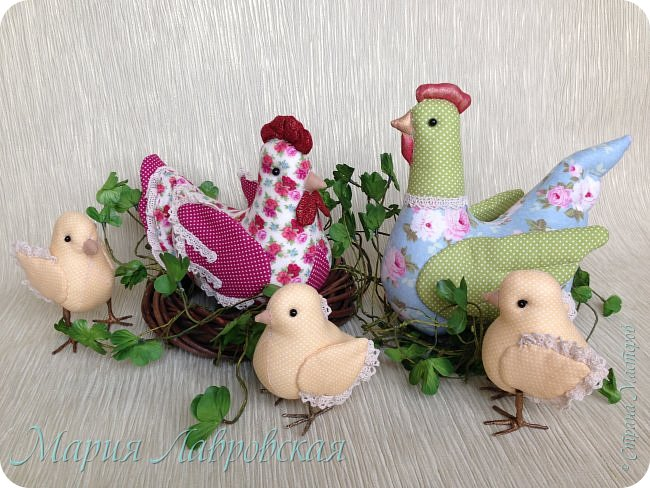 Курочки и цыплята  шились просто так  - в момент хорошего настроения. Но сразу же, практически все,  нашли свой новый дом ) фото 8