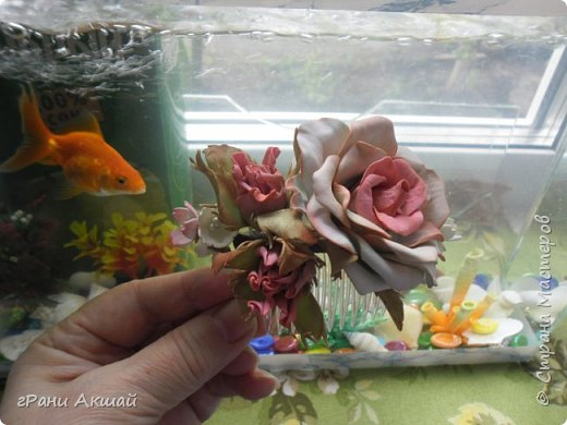 украшение для волос-гребни со цветами фото 10