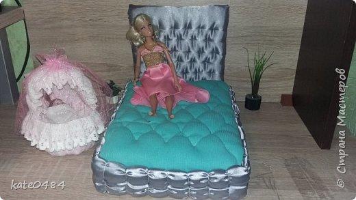 Кровать для Барби фото 1