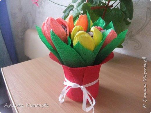 Букет тюльпанов с конфетами внутри - не просто красивый, но и вкусный подарок!