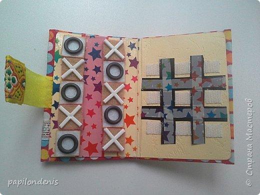 """Здравствуйте. Давно хотела сделать карманную игру """"крестики-нолики"""". Спасибо Оксане, что организовала совместник по АТСкам. В качестве первого этапа у меня получились вот такие книжечки-игрушки.  Сделала их аж 12 штук. Семь обменяю в совместнике, одну оставлю себе, остальные раздарю знакомым детишкам. Ну что, ать-два? :-) фото 22"""