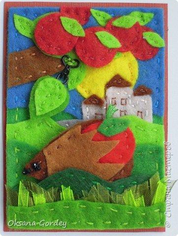 """Это мои карточки по первому этапу игры """"Детские игрушки в формате АТС"""" (об игре можно прочитать здесь  - http://stranamasterov.ru/node/1098610 ) . Вдохновившись фетровыми детскими книжками-развивайками, сделала вот таких ежиков. фото 12"""