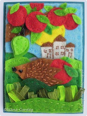 """Это мои карточки по первому этапу игры """"Детские игрушки в формате АТС"""" (об игре можно прочитать здесь  - http://stranamasterov.ru/node/1098610 ) . Вдохновившись фетровыми детскими книжками-развивайками, сделала вот таких ежиков. фото 2"""