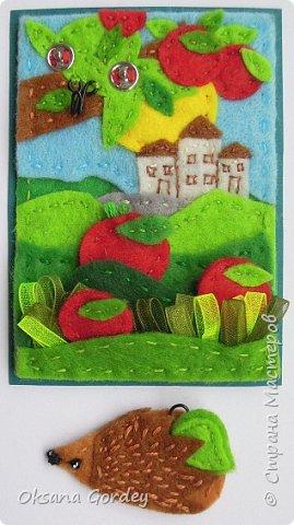 """Это мои карточки по первому этапу игры """"Детские игрушки в формате АТС"""" (об игре можно прочитать здесь  - http://stranamasterov.ru/node/1098610 ) . Вдохновившись фетровыми детскими книжками-развивайками, сделала вот таких ежиков. фото 9"""