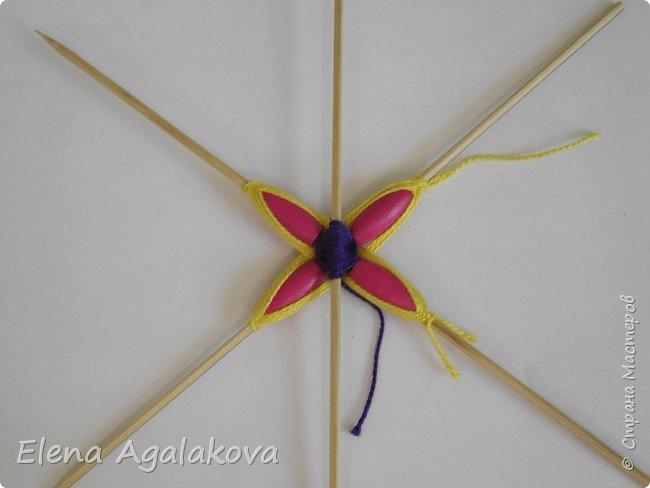 Хочу показать плетение Мандалы-Бабочки. Это достаточно простое плетение, которое несложно освоить.  Бабочка — символ души, бессмертия, возрождения и воскресения, способности к превращениям, к трансформации, символ жизни, любви и счастья. Бабочки очень гранциозные создания! Эта мандала украсит ваш дом и будет радовать вас в любое время года! фото 14