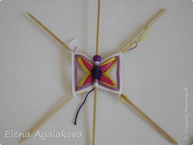 Хочу показать плетение Мандалы-Бабочки. Это достаточно простое плетение, которое несложно освоить.  Бабочка — символ души, бессмертия, возрождения и воскресения, способности к превращениям, к трансформации, символ жизни, любви и счастья. Бабочки очень гранциозные создания! Эта мандала украсит ваш дом и будет радовать вас в любое время года! фото 18