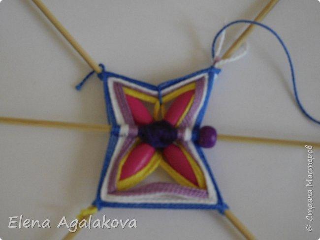 Хочу показать плетение Мандалы-Бабочки. Это достаточно простое плетение, которое несложно освоить.  Бабочка — символ души, бессмертия, возрождения и воскресения, способности к превращениям, к трансформации, символ жизни, любви и счастья. Бабочки очень гранциозные создания! Эта мандала украсит ваш дом и будет радовать вас в любое время года! фото 23