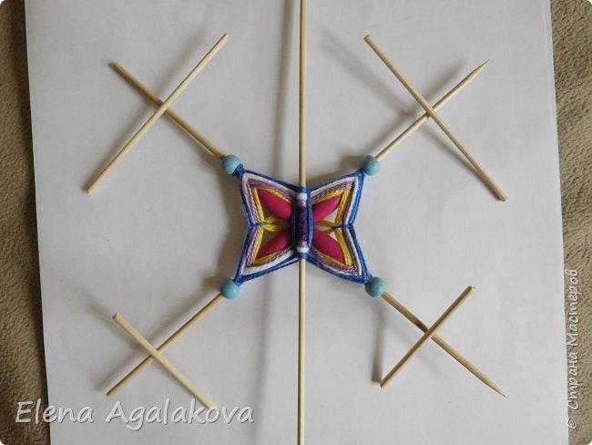 Хочу показать плетение Мандалы-Бабочки. Это достаточно простое плетение, которое несложно освоить.  Бабочка — символ души, бессмертия, возрождения и воскресения, способности к превращениям, к трансформации, символ жизни, любви и счастья. Бабочки очень гранциозные создания! Эта мандала украсит ваш дом и будет радовать вас в любое время года! фото 29