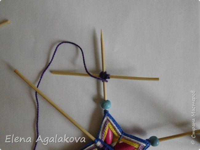Хочу показать плетение Мандалы-Бабочки. Это достаточно простое плетение, которое несложно освоить.  Бабочка — символ души, бессмертия, возрождения и воскресения, способности к превращениям, к трансформации, символ жизни, любви и счастья. Бабочки очень гранциозные создания! Эта мандала украсит ваш дом и будет радовать вас в любое время года! фото 30