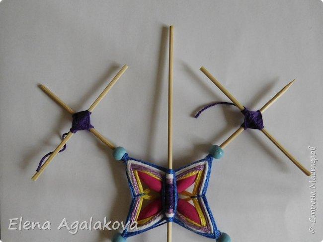 Хочу показать плетение Мандалы-Бабочки. Это достаточно простое плетение, которое несложно освоить.  Бабочка — символ души, бессмертия, возрождения и воскресения, способности к превращениям, к трансформации, символ жизни, любви и счастья. Бабочки очень гранциозные создания! Эта мандала украсит ваш дом и будет радовать вас в любое время года! фото 31