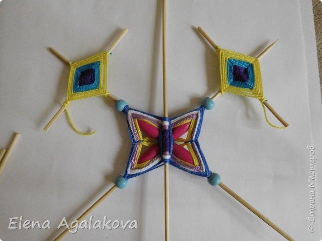 Хочу показать плетение Мандалы-Бабочки. Это достаточно простое плетение, которое несложно освоить.  Бабочка — символ души, бессмертия, возрождения и воскресения, способности к превращениям, к трансформации, символ жизни, любви и счастья. Бабочки очень гранциозные создания! Эта мандала украсит ваш дом и будет радовать вас в любое время года! фото 33