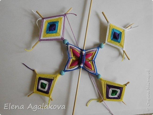 Хочу показать плетение Мандалы-Бабочки. Это достаточно простое плетение, которое несложно освоить.  Бабочка — символ души, бессмертия, возрождения и воскресения, способности к превращениям, к трансформации, символ жизни, любви и счастья. Бабочки очень гранциозные создания! Эта мандала украсит ваш дом и будет радовать вас в любое время года! фото 39