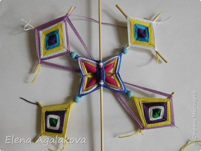 Хочу показать плетение Мандалы-Бабочки. Это достаточно простое плетение, которое несложно освоить.  Бабочка — символ души, бессмертия, возрождения и воскресения, способности к превращениям, к трансформации, символ жизни, любви и счастья. Бабочки очень гранциозные создания! Эта мандала украсит ваш дом и будет радовать вас в любое время года! фото 41