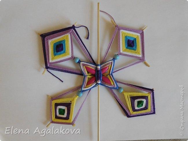 Хочу показать плетение Мандалы-Бабочки. Это достаточно простое плетение, которое несложно освоить.  Бабочка — символ души, бессмертия, возрождения и воскресения, способности к превращениям, к трансформации, символ жизни, любви и счастья. Бабочки очень гранциозные создания! Эта мандала украсит ваш дом и будет радовать вас в любое время года! фото 44