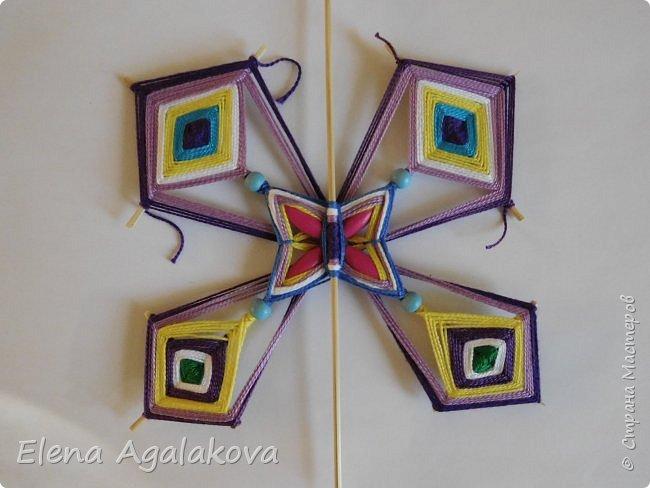 Хочу показать плетение Мандалы-Бабочки. Это достаточно простое плетение, которое несложно освоить.  Бабочка — символ души, бессмертия, возрождения и воскресения, способности к превращениям, к трансформации, символ жизни, любви и счастья. Бабочки очень гранциозные создания! Эта мандала украсит ваш дом и будет радовать вас в любое время года! фото 45