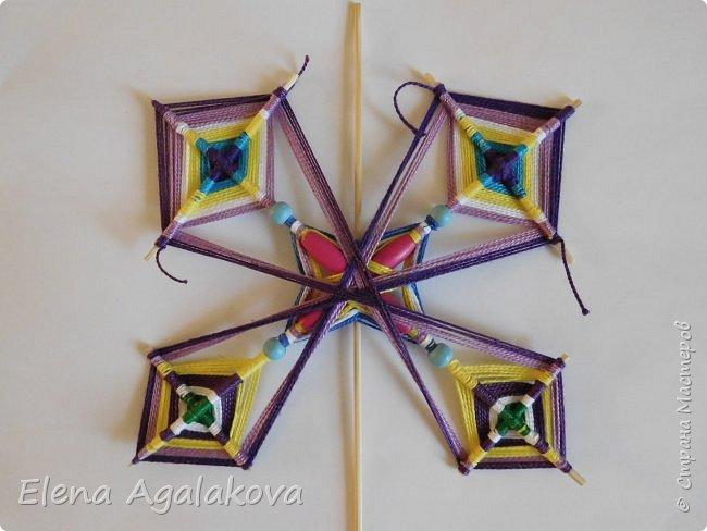 Хочу показать плетение Мандалы-Бабочки. Это достаточно простое плетение, которое несложно освоить.  Бабочка — символ души, бессмертия, возрождения и воскресения, способности к превращениям, к трансформации, символ жизни, любви и счастья. Бабочки очень гранциозные создания! Эта мандала украсит ваш дом и будет радовать вас в любое время года! фото 46