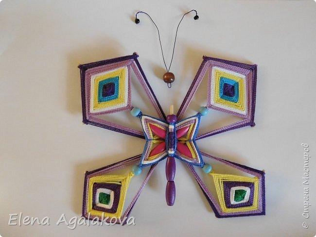 Хочу показать плетение Мандалы-Бабочки. Это достаточно простое плетение, которое несложно освоить.  Бабочка — символ души, бессмертия, возрождения и воскресения, способности к превращениям, к трансформации, символ жизни, любви и счастья. Бабочки очень гранциозные создания! Эта мандала украсит ваш дом и будет радовать вас в любое время года! фото 49