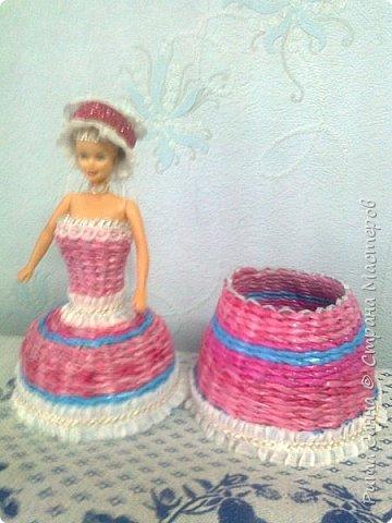 Увидела у других мастериц такие шкатулочки,попробовала сплести платье,подарила маленькой подружке.  фото 2