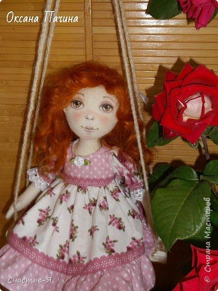 Привет,Страна! Хочу показать свою новую девочку. Знакомьтесь- Варенька.  Текстильная кукла. Выкройка моя .  Голова поворачивается, ножки сгибаются. Роспись лица акрил и пастель .Волосы - локоны ангорской козочки. фото 1