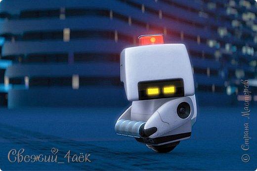"""Всем привет. Сегодня я сдаю работу на конкурс """"Персонажи Pixar""""- http://stranamasterov.ru/node/1100771 Я изобразила хуманизацию робота-уборщика М-О из Валли фото 2"""
